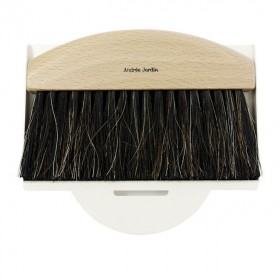 dustpan and brush natural / white